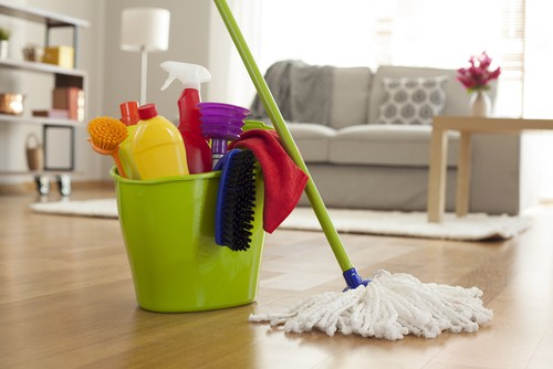 Tips To Save On Spring Cleaning Supplies